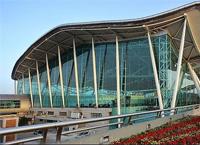重庆机场:高亮度吸引眼球!